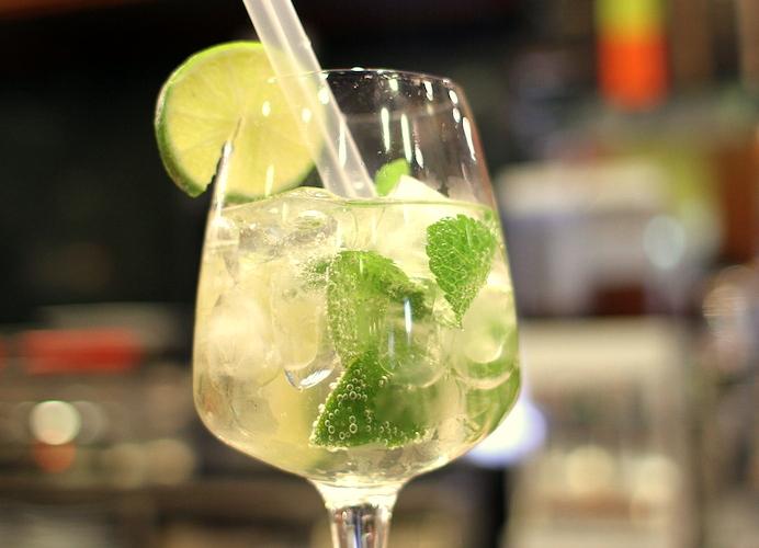 Cocktails con martini bianco