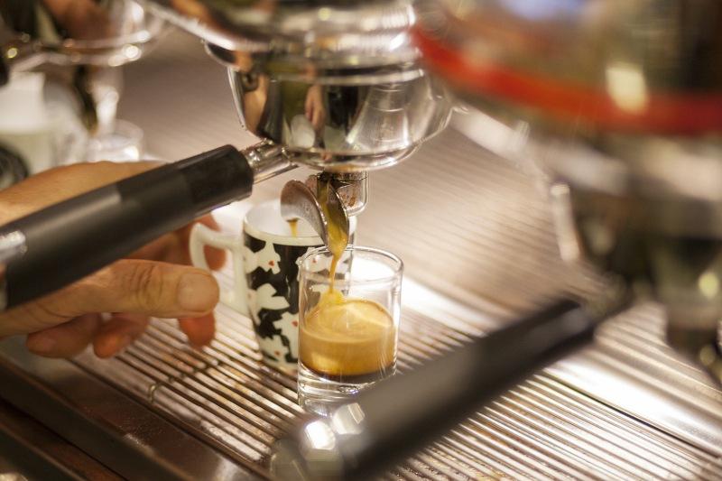 Il caffè fa ingrassare? Facciamo un po' di chiarezza!